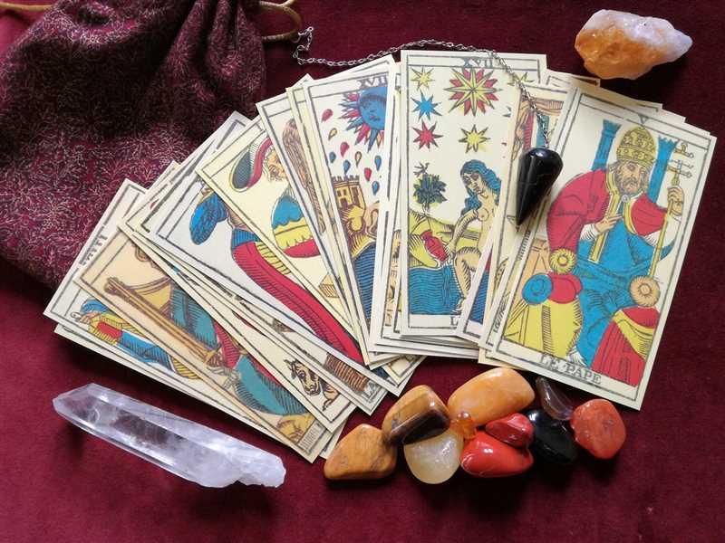 Lettura dei Tarocchi: proteggi le tue carte per avere più fortuna