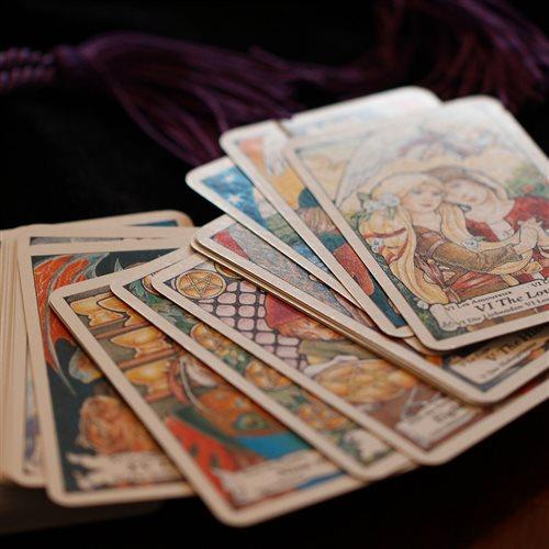 Carte dei tarocchi: come mescolare le carte